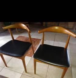 Cadeiras. Carina
