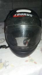 capacete em otimo estado de uso