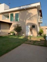 Linda casa com 4 suites /projetada / no aracagy-ALUGUEL