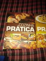 Livros para quem tá querendo aprender preparar pratos MASSAS DRINKS E PETISCOS.
