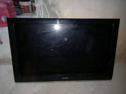 TV pra retiradas de peças
