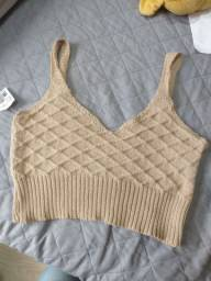 Cropped de tricô bege