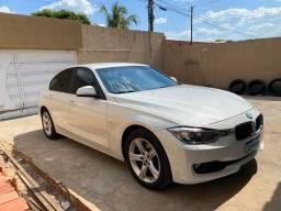 BMW 320i Branco pérola nova