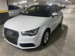 Audi a1 2015 4 portas branco apenas 36.000 km muito novo