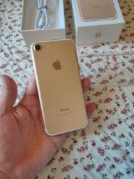 iphone 7  32 gigas Gold!