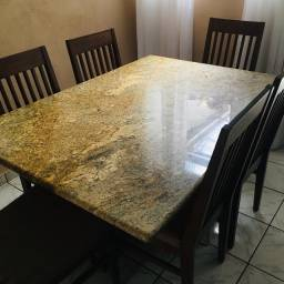 Mesa de jantar no granito com 6 cadeiras