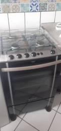 Vendo fogão Atlas 4 bocas super conservado.