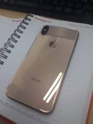 Vendo iphone xs max gold troco em menor valor tbem