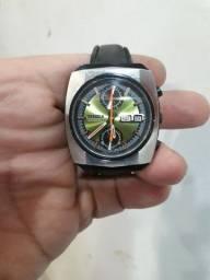 Relógio citizen Mônaco 8110 67-9071