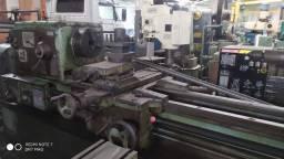 Torno Mecânico Romi modelo MCD V x 3000mm