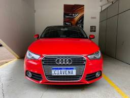 Audi A1 2013 com 66 mil km impecavel