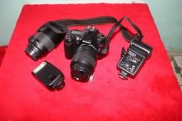 Câmera Semi profissional Nikon D90 + Speedlite Yn467 + Lente Nikkor 18-55mm 3,5-5,6