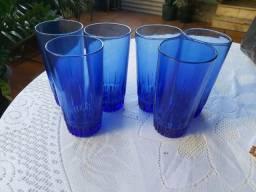 Jogo de copos grandes azuis