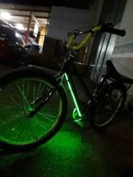 Vendo bike poti semi nova com led!