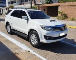 Toyota Hilux SW4 2013/2013 7 Lugares - *Extra