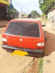 Vende-se um Fiat uno