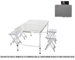 CONJUNTO DE MESA COM 4 BANQUETAS DOBRÁVEIS