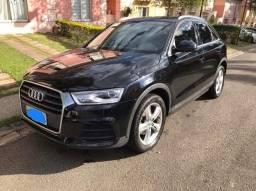 Audi Q3_ Ambient _ 2016