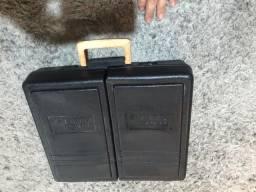 Duas caixas de ferramentas semi-novas