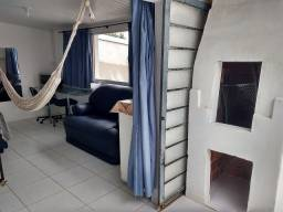 Duplex 40m2, mobiliada, churrasqueira, internet 300mb, garagem, adulto não fumante