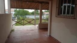 Atafona: casa com amplo terreno de 720m² com 04 quartos