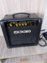 Amplificador Meteoro modelo Atomic Drive 30 wats