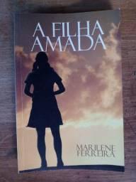 Livro A Filha Amada em perfeito estado
