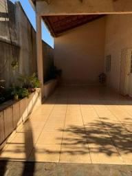 Título do anúncio: Casa 4 quartos com 220m² 4 quartos 2 suítes.