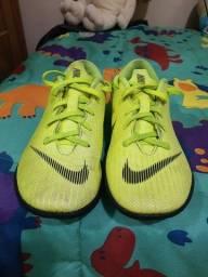 Chuteira Nike original TAM 30 R$60,00