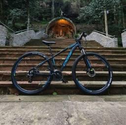 Bicicleta Oggi Hacker HDS 2021