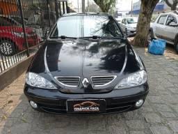 Título do anúncio: Megane Sedan 2005 Completa Preta (S/ Entrada R$: 599,90) Financie Fácil