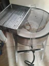 Fritadeira a gás com espumadeira e secador