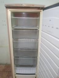 Vendo freezer novinho