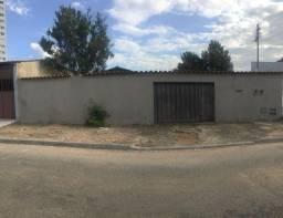 Título do anúncio: Lote/Terreno para venda possui 411M2, em Vila Fróes - Vila Nova - Goiânia - GO