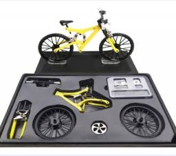 Modelo funcional de bike miniatura para montar