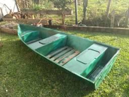 Barco de fibra de 3 metros