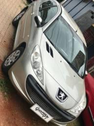 Oferta abaixo da fipe Peugeot 207 XR 1.4 completo 2011 bem novinho