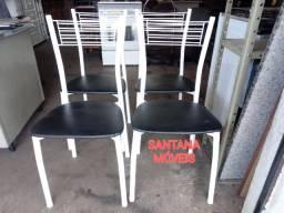Quatro cadeiras tubolares. $ 45,00 Cd