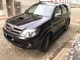 Toyota Hilux SW4 SRV 3.0 Diesel 4x4 Automático