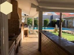 Casa de condomínio à venda com 5 dormitórios cod:FLCN50029