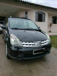 Nissan Livina 2011
