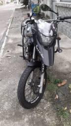 Vendo xre 300 2012