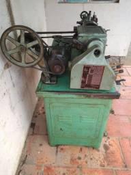 Torno mecânico Joinville de bancada (usado)