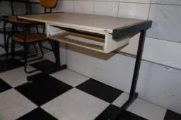 Mesa de escritório / Escrivaninha em Madeira Bege 72 cm x  106 cm x  60.5 cm