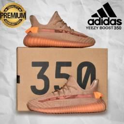 Adidas yeezy. Boost 350