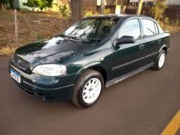 Astra Sedan 2001 completo