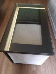 Mesa de vidro com 2pufes