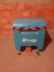 Baú e bag da Loggi 200 reais.