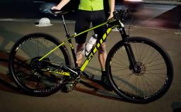 Bike Scott Scale 900 RC Carbono Aro 29