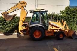 Retroescavadeira Case 580M 2010